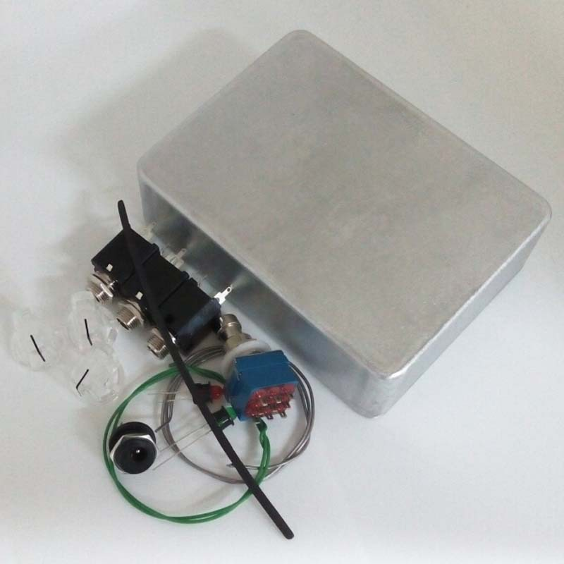 1590bb enclosure diy guitar pedal aluminum pedals box foot pedal switch led lights. Black Bedroom Furniture Sets. Home Design Ideas