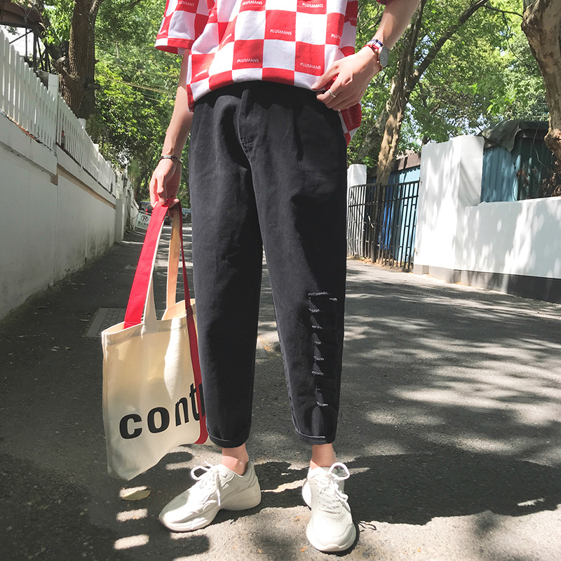2018 Summer New Pattern Man Holes Eight Or Nine Part Pants Large Code P10 Leisure Time city boy personality letter Free shipping