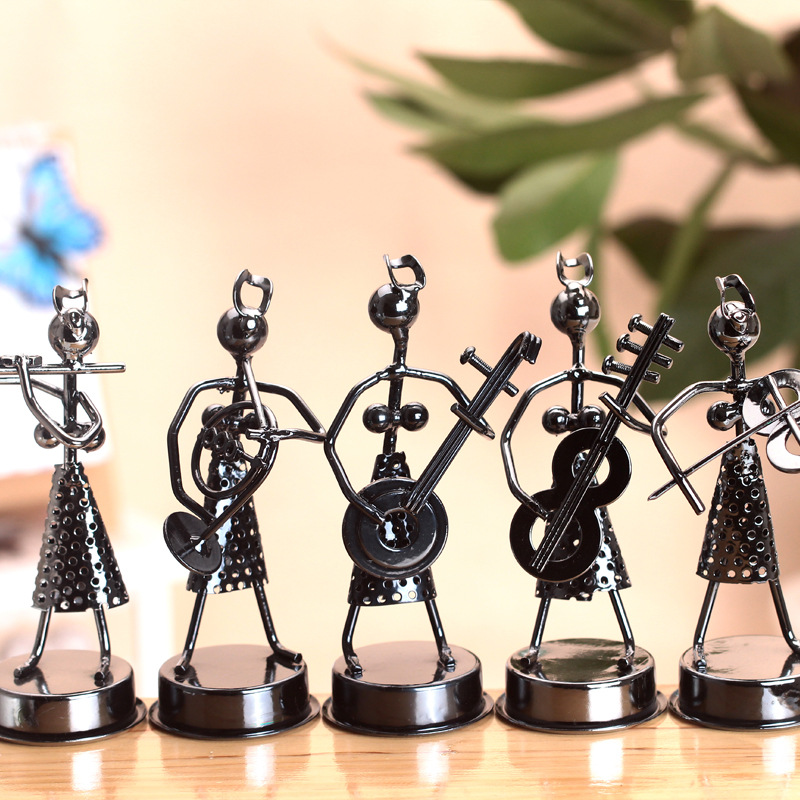 New Arrival Antique Metal Handicrafts Girls Band Creative Home Pub Office Decoration Iron Craft