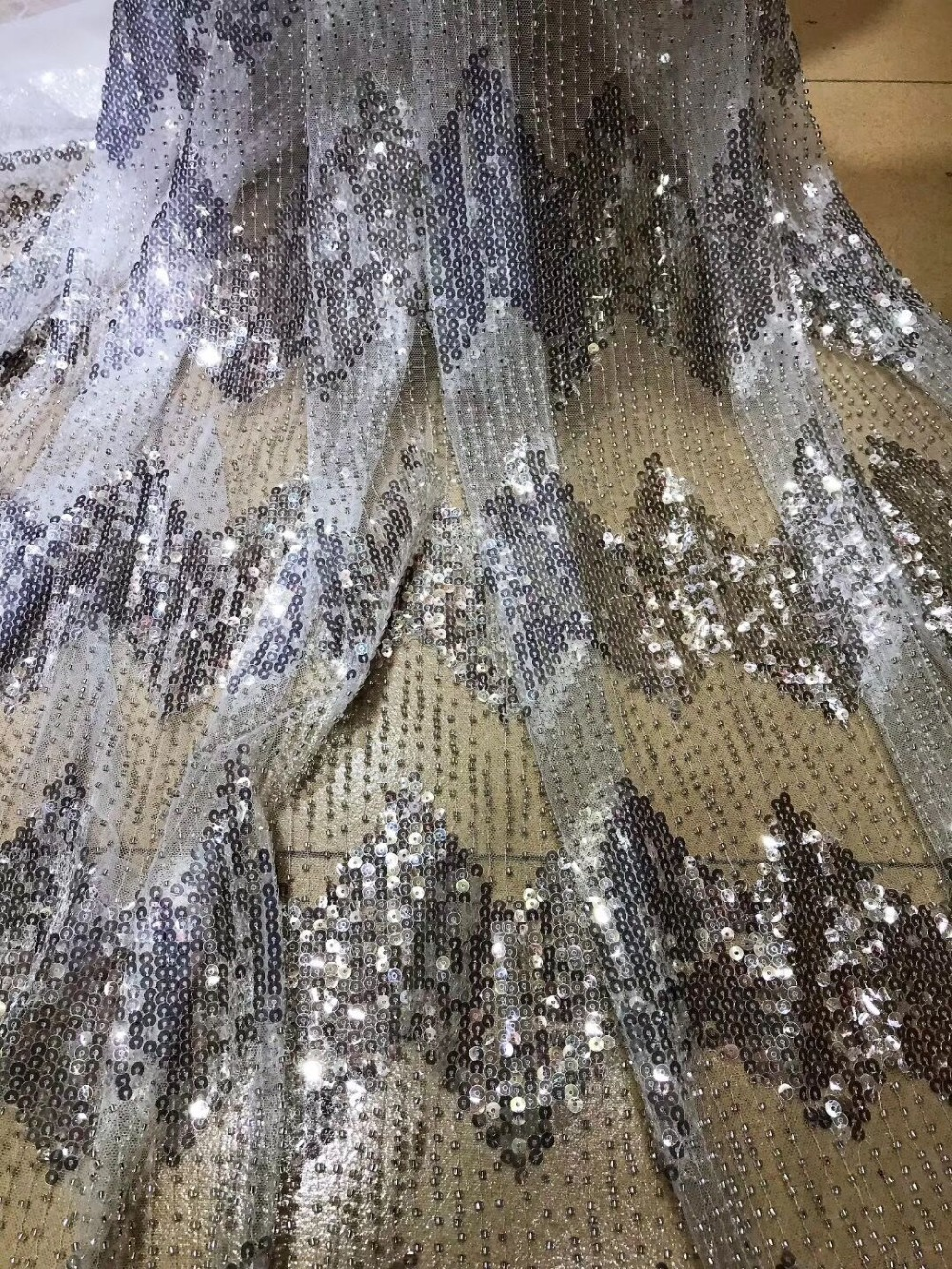 Unique African French net tulle Lace Fabric ZH1911625 for party Hot selling beaded sequins sequence lace fabric