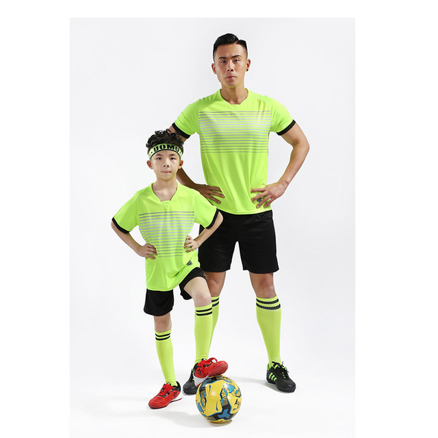 2019 Hot Kids Adult Personality Soccer Jersey Set Survetement Football Kit Men Child Futbol Training Uniforms Set De Foot Shorts