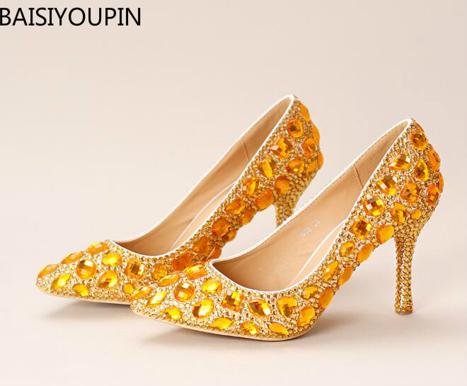 2017 Golden Crystal Bride Shoes High with Fine with Wedding Dress Shoes Pointed Mouth Shallow Banquet Single Shoes Wedding Shoes 2017 fashion flowers diamond pendant bride shoes high with fine with photography single shoes for women s shoes wedding shoes