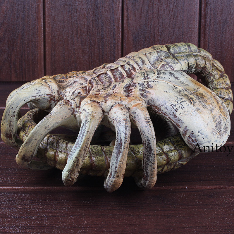 <font><b>Alien</b></font> VS <font><b>aliens</b></font> <font><b>Alien</b></font> Face hugger Figure Real Life Size <font><b>aliens</b></font> Toy Action Figure Halloween Decoration Doll Toy 120cm image