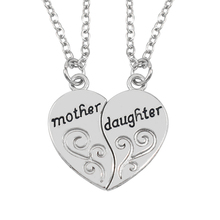 2 Pcs/Set Puzzle Heart Necklace Splicing Mother And Daughter Necklaces Necklaces & Pendants For Women Xmas Gift