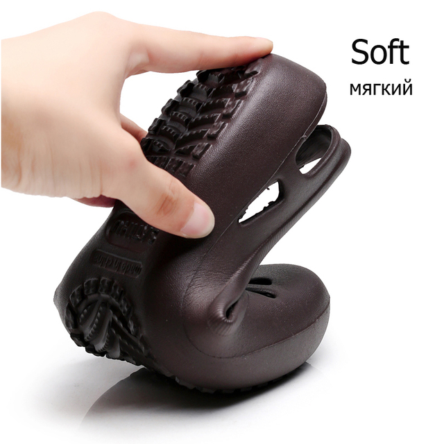 women Clogs Jelly Sandals Home Non-slip Summer Hole Shoes Female Flat slippers Plastic Female Girls Waterproof EVA  Garden Shoes