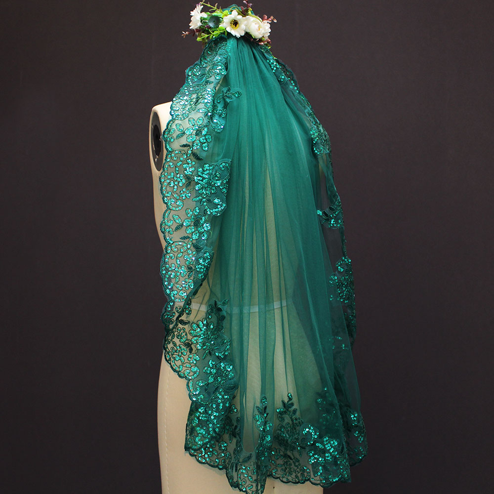 Image 3 - 2019 New 0.9 Meters One Layer Lace Edge Green Tulle Wedding Veil With Comb-in Bridal Veils from Weddings & Events