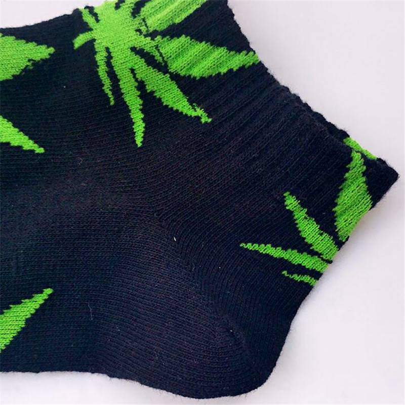 Hot sale! men socks cotton Spring Summer and Autumn mens brand Weed Sock Colorful male short socks