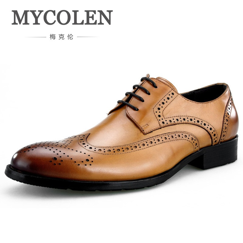 MYCOLEN Spring Autumn Men Formal Wedding Shoes Luxury Men Business Dress Bullock Shoes Men Loafers Pointy Men Shoes Sapatenis