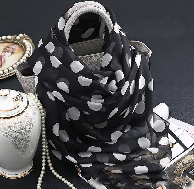 Mandala Tapestry Neck Warmer hooded winter poncho 100% Silk printed Dot Black Muslim Hijab Bufandas Mujer 2016 mandala Shawls