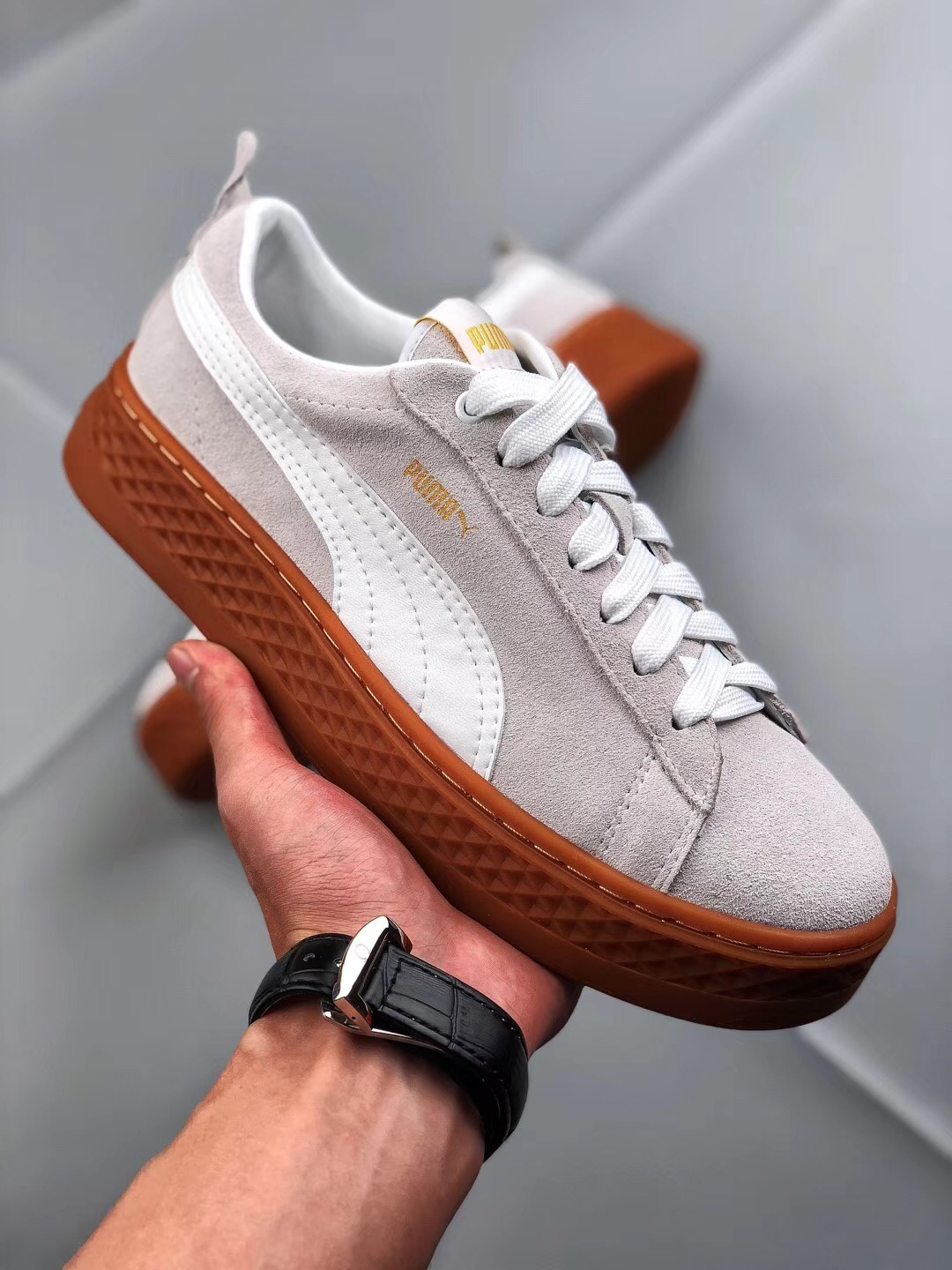86e336d06105cb 2018 PUMA sports shoes women Suede Cleated Creeper First Generation Rihanna  sneakers fenty cougar shoes woman tenis Shoes-in Badminton Shoes from Sports  ...