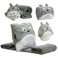 Totoro cojín, aire acondicionado de cama manta almohada calentador de la mano, tres en uno edredón almohada, siesta regalo