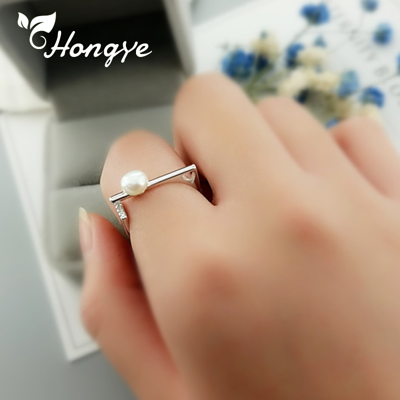 Hongye Natural Pearl Fashion Ring Zircon Insert Silver 925 Jewelry For Women Statement Finger Jewelry Pearl Rings 2019 Wholesale