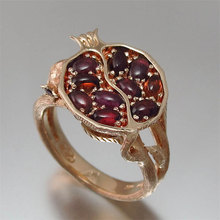 Vintage Ethnic Wedding Rings for Women Inlaid Red Garnet Stone Engagement Ring Pomegranate Boho Rings Fashion Jewelry Anillos