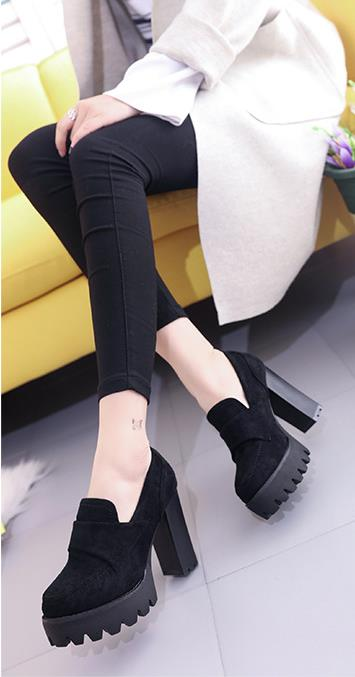 2018 autumn new women's single shoes Europe and the United States retro round head shallow mouth with high heels 6