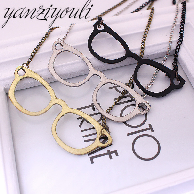 Gold Vintage Jewelry big eyes Black Sunglass Alien Pendants Long Sweater Chain Necklaces for Women Christmas Gift zhu1430