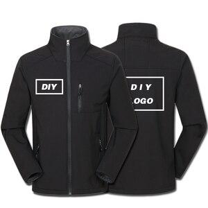 Image 1 - Özel Logo tasarım baskılı erkek sonbahar ceketler su geçirmez rüzgar geçirmez ceket fermuar Softshell tasarım kabanlar Tops