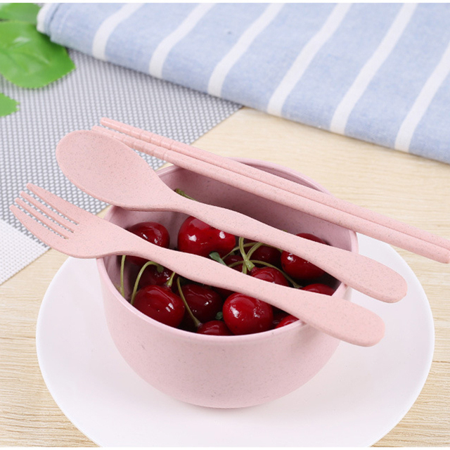 Practical Portable Eco-Friendly Degradable Cutlery Set