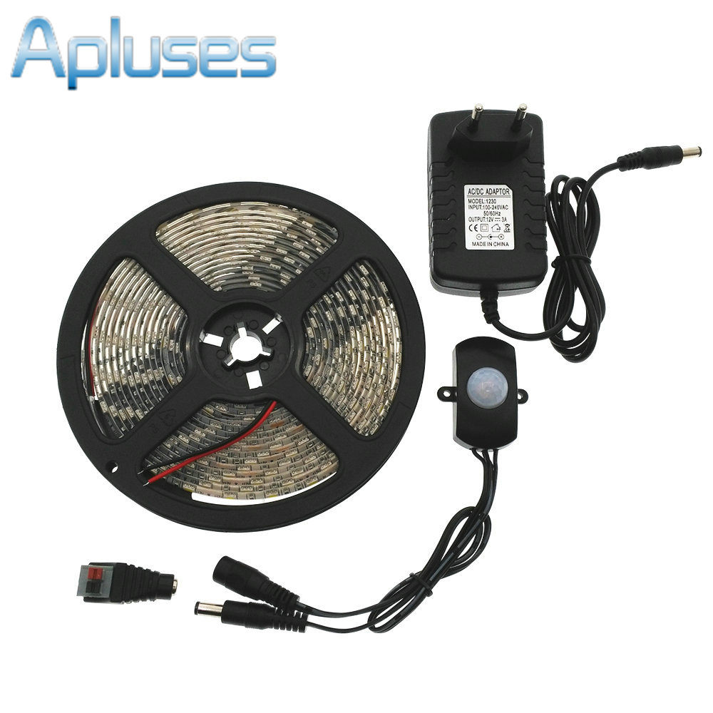 automatic pir motion sensor switch led strip set dc12v 5m smd5050 led under bed light bedroom. Black Bedroom Furniture Sets. Home Design Ideas