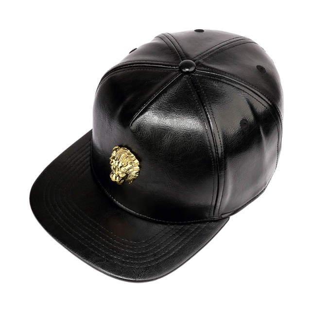 ca527e400 US $14.95 32% OFF|NYUK Black Snapback PU Leather Crocodile Hats Gold Lion  Head King Logo Baseball Caps Hip Hop Cool Boy Girl Men Women Fashion Cap-in  ...