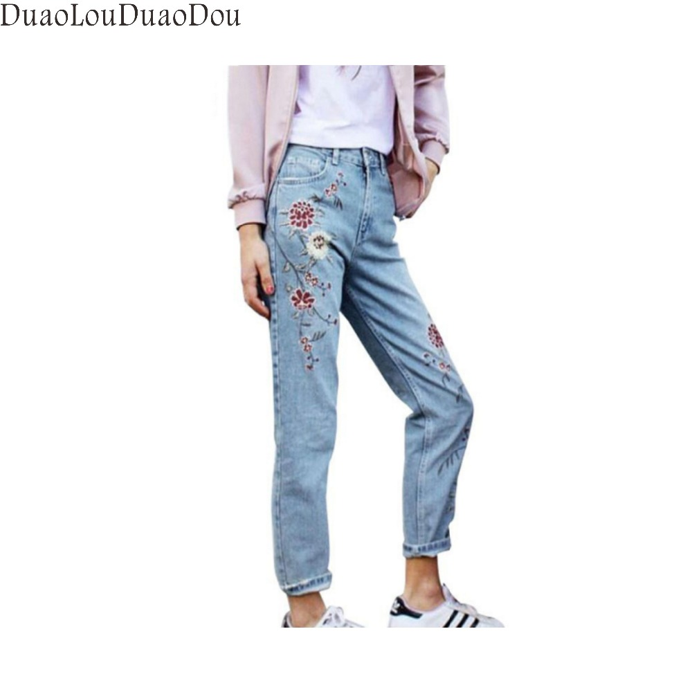 Flower embroidery jeans female Light blue casual pants capris 2017 autumn winter Pockets straight jeans women bottom women jeans vintage flower embroidery high waist pocket straight jeans female bottom light blue hole casual pants capris new