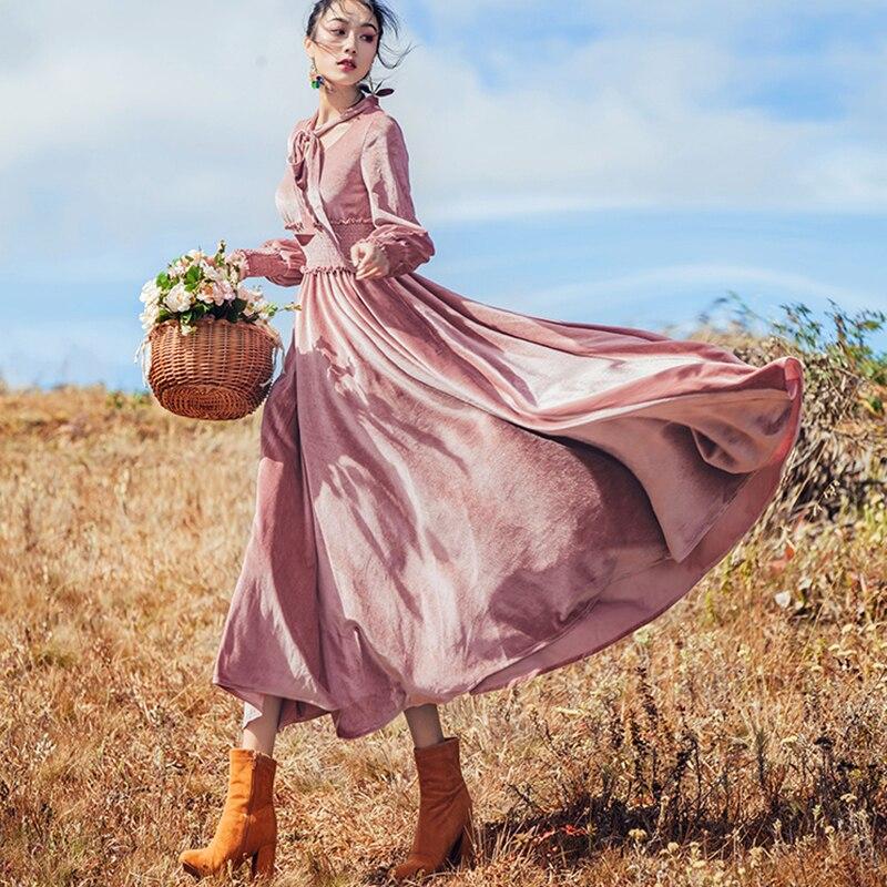 Retro Velvet Dress Elegant Party Fit and Flare Winter Dresses Pink Gothic Luxury Dress Silk Velvet Vintage Lantern Sleeve