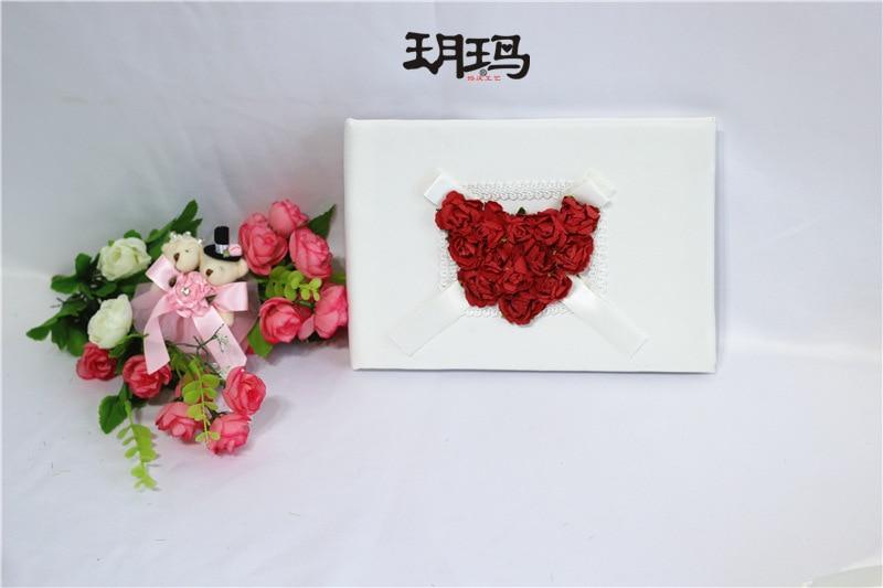 58 16 8 De Reduction Livraison Gratuite Lot De 4 Pc Rouge Et Blanc Satin Rose Coeur Mariage Livre D Or Anneau Oreiller Fleur Panier Plume Porte