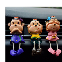 2019 New Cartoon Creative Car Outlet Fragrant Clip Air Conditioning Decorative Scent Resin Monkey Accessories