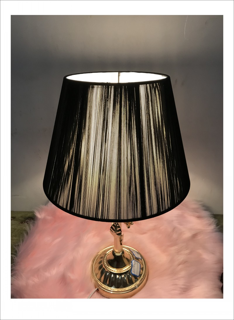 Black Color Lamp Shade For Table Lamp Simple Pattern Lace
