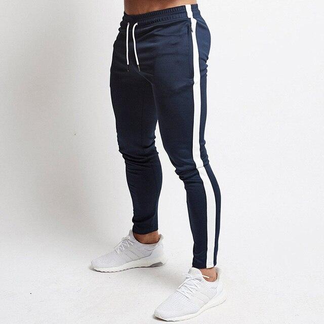 Kırmızı koşu pantolonları erkek çizgili spor Sweatpants pantolon çalışan spor salonu pantolonu erkekler pamuk eşofman spor Jogger vücut geliştirme pantolon