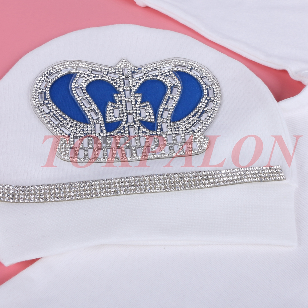 0 3 Month Newbron baby clothing set white color cotton with crown rhinestone crystal long foot children Bodysuits One Pieces in Footies from Mother Kids