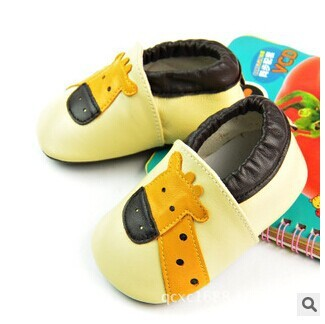 New Genuine Leather Baby Moccasins First Walkers soft Shoes Leather bottom anti-slip Newborn Girl Boy Shoes giraffe pattern