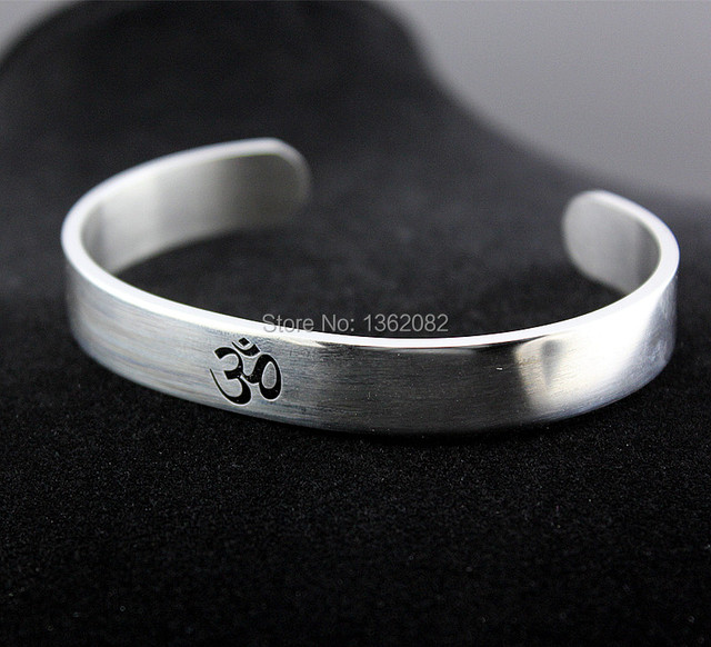Cool Silver Tone Aum Om Ohm Hindu Buddhist Hinduism Yoga India Stainless Steel Cuff Bangle Opening