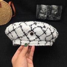 หมวกผู้หญิงเล็กๆมีกลิ่นหอมลม Tweed หมวกถัก Retro ลายสก๊อต Beret แปดเหลี่ยมจิตรกรหมวกแฟชั่น