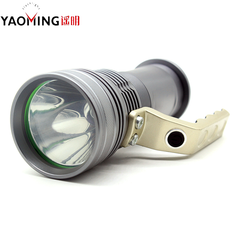 CREE Q5 2000Lm waterproof flashlight torch handlamp outdoor high power led lanterna rechargeable portable light free shipping