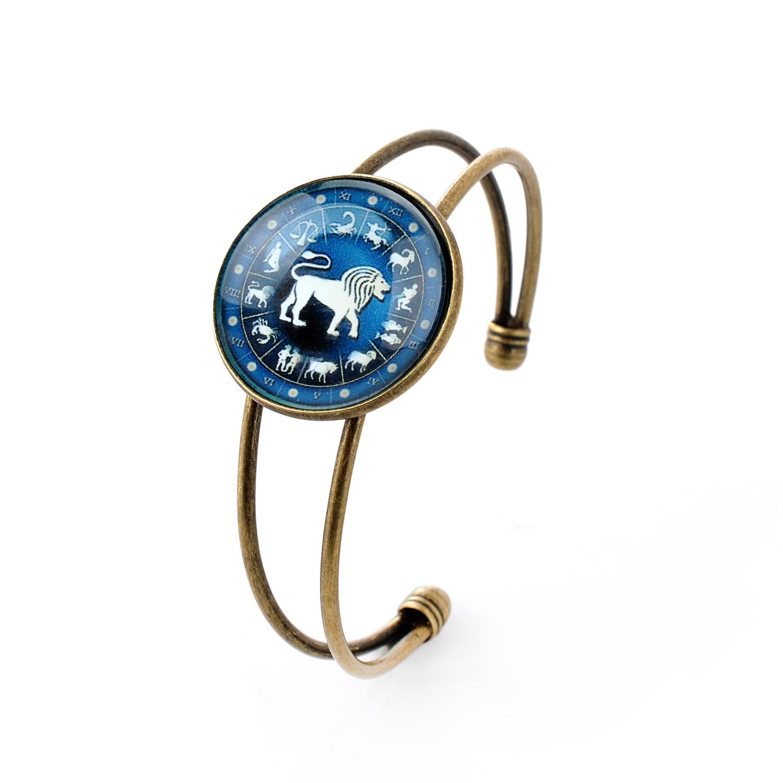 Lureme Time Gem The Zodiac Series Leo Disc Cuff Bangle Bracelet for Women and Girl (06002702)