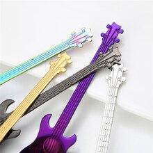 Kolorowe Łyżeczki w Kształcie Gitary