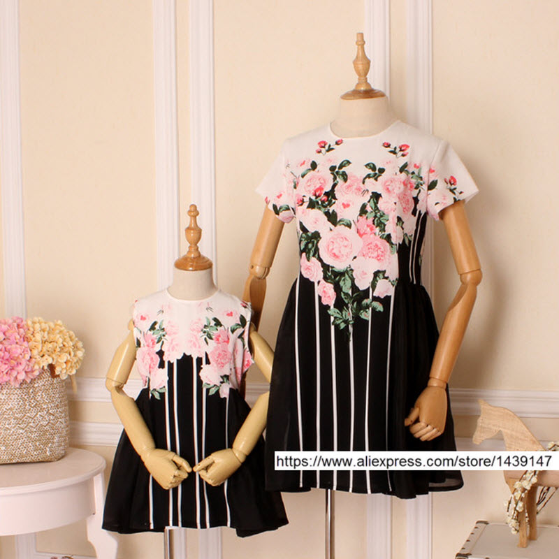 Summer children clothes women kids girls family matching clothing family look mother daughter dresses Chiffon flower print S-4XL футболка print bar summer flower