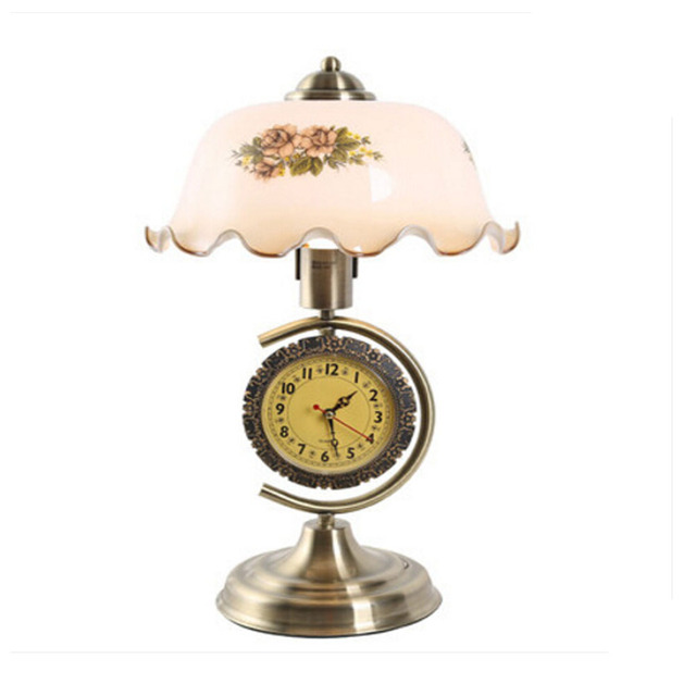 110V~240V Living Room Study Bedroom Bronze Table Led Lamp Top Indoor Lighting Retro with A Clock Can Be Dimmable Bedside Lamp