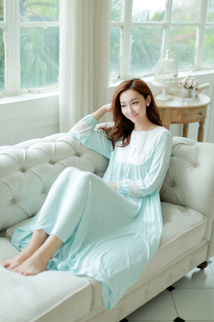2019 Arrival Spring Summer Long Sleeve Sleepwear Lace Women's Nightgown 100% Cotton Modal Royal Sleep Dress AW321