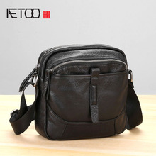 AETOO Handmade leather shoulder bag male casual retro mens head layer cowhide soft skin oblique cross small