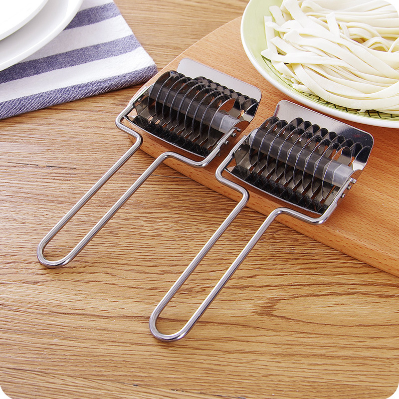 1PC Stainless Steel Spaghett Noodle Maker Lattice Roller Docker Dough Cutter Tool Kitchen helper DIY Dough cutting tool OK 0249