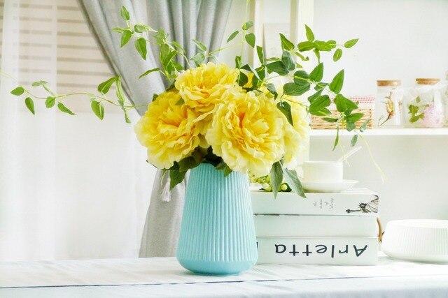 Moyen Taille Vase En Céramique De Conception De Dossier Pour La - Taille moyenne d une maison