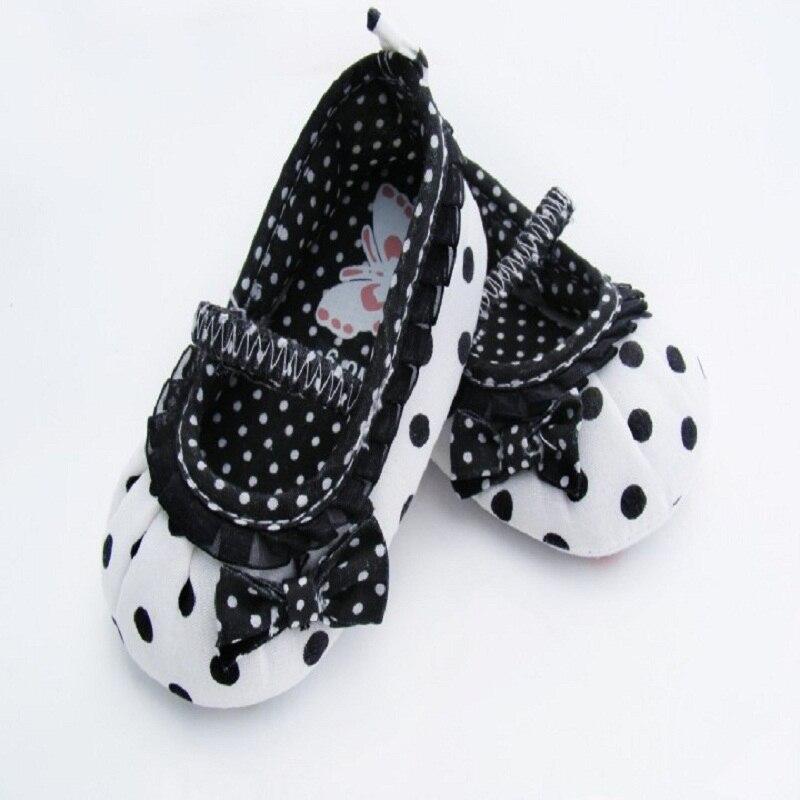 Princess Baby Girls Polk Dot Crib Shoes Newborn Bowknot Anti Slip Casual Shoes
