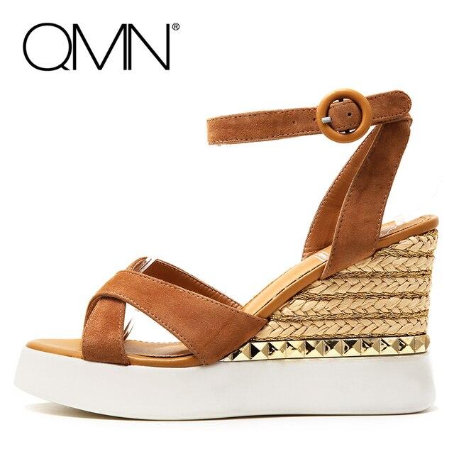 QMN женщины натуральная кожа клинья сандалии Женщин Шипованных Натуральная Телячья Кожа Лодыжки Ремень Лето Досуг Обувь Женщина Эспадрильи