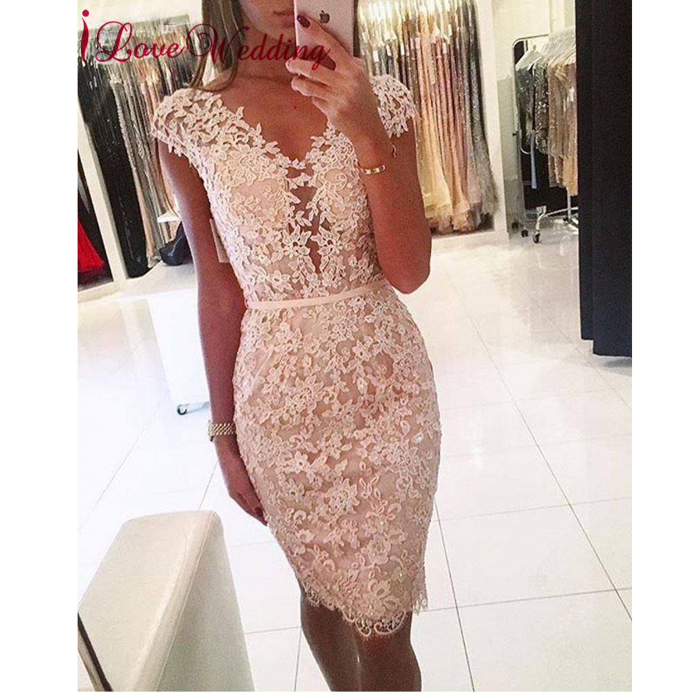 Pink Short Cocktail Dress 2019 Cap Sleeves Lace Applique Beaded Sexy V Neck Knee Length robe de cocktail courte