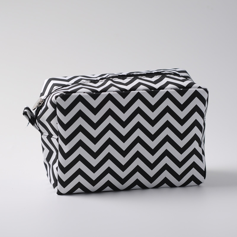 8447a665a0be Wholesale Blanks Chevron Makeup Bag Navy Strip Toiletry Bag 11 Colors Cosmetic  Bag free shipping Wedding Gift Bag DOMIL106001-in Cosmetic Bags   Cases  from ...