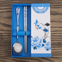Blue and white porcelain wedding souvenir guest gift tableware set 100 pcs
