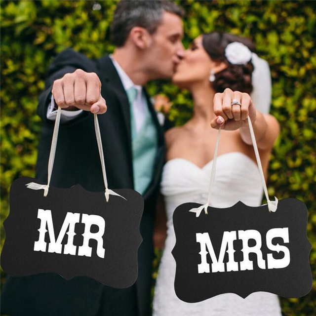 DIY Funny Mr Mrs Wedding Decor Props Black Paper Board+Ribbon Sign Letter Garland Banner Photo Wedding Decorations Bride