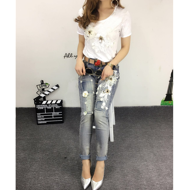 9ae3e6c32de Floral Ripped Embroidered Flares Skinny Jeans Femme Hot Sale Fashion Slim  Jeans Women s Stretch Denim Pants Women Jeans Female -in Jeans from Women s  ...