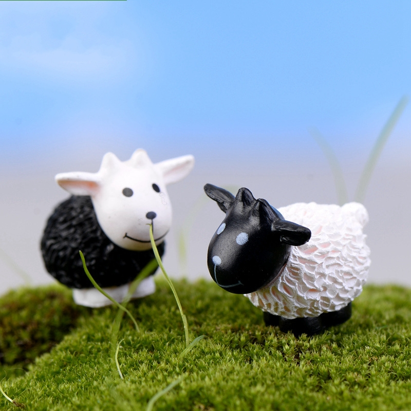 1Pcs Cute Cartoon Black and White Sheep DIY Resin Fairy Garden Craft Decoration Miniature Micro Gnome Terrarium Gift F0884 ...